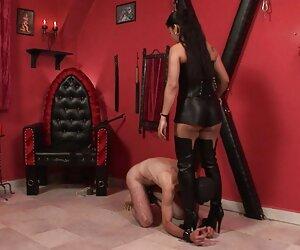 Trackstars morena caliente videos pornos de transexuales operados lamiendo el coño y el culo después del entrenamiento