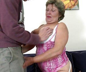 Dee ama a la BBC hasta travestis cojiendo en la calle su dulce culo