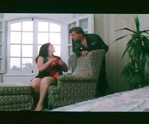 esta chica folla videos travestis chinas en la oficina