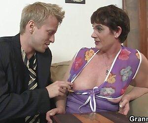 A la milf jackie le videos de travestis calientes adoran los pies