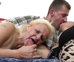 MILF azotada y azotada. videos transexuales xx